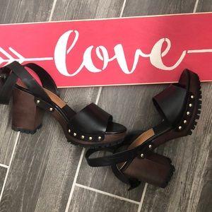 Zara Trafaluc Block Heel Wedge Sandals